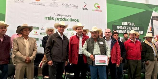 Photo of Eruviel Ávila en Zumpango anuncia entrega de 5 mil convertidores catalíticos para productores del campo del Estado de México