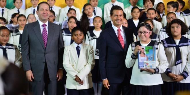Photo of Peña Nieto y Eruviel Ávila prometen 200 mil becas para el Estado de México Ciclo escolar 2016 – 2017