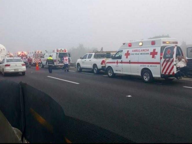 Photo of Alertan a los automovilistas por neblina matutina sobre el Circuito Exterior Mexiquense a la altura de Zumpango Estado de México